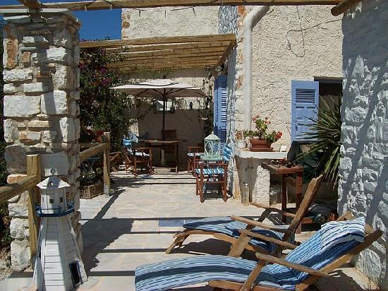 Paros Hospitality Villas: Seahorse House veranda