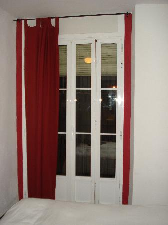 Hostal El Cid Valencia : finestra
