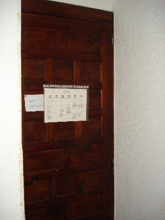 Hostal El Cid Valencia : porta