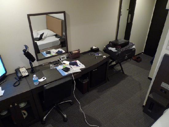 เคอิคิวอีเอ็กซ์ อินน์ อาซากุสะบาชิเอกิมาเอะ: more general room view