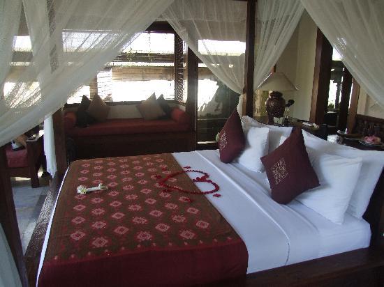The Ubud Village Resort & Spa: Our bedroom
