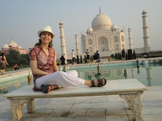 Anikas Nest Delhi : India