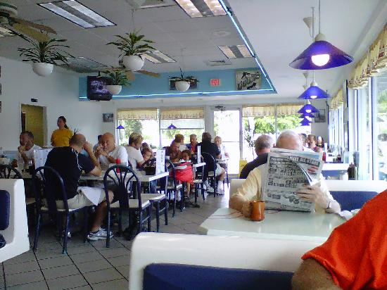 Форт-Лодердейл, Флорида: Greek Diner in Victoria Park. A must for eating.