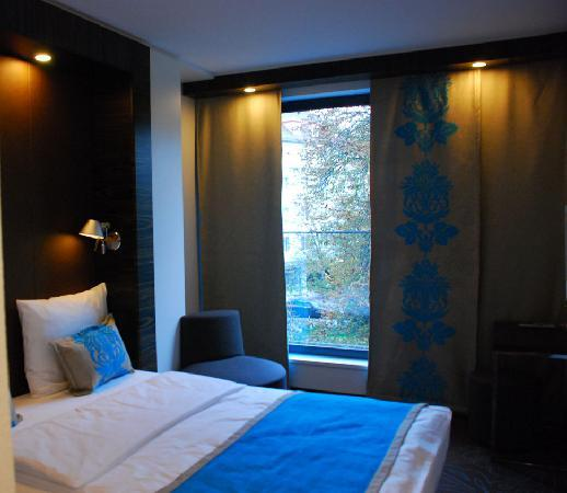 Motel One Muenchen-Sendl. Tor: Bed