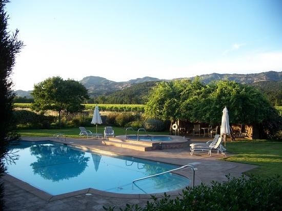 Oak Knoll Inn: Pool