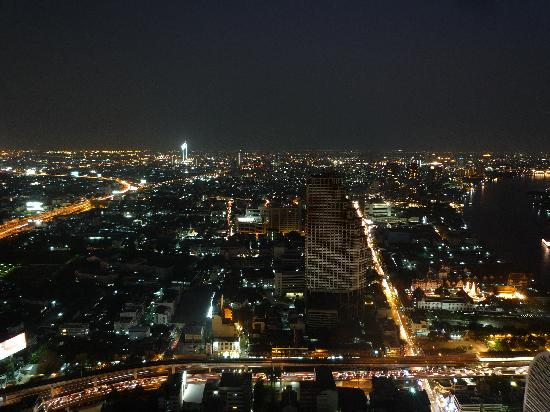 lebua at State Tower: View from room at night