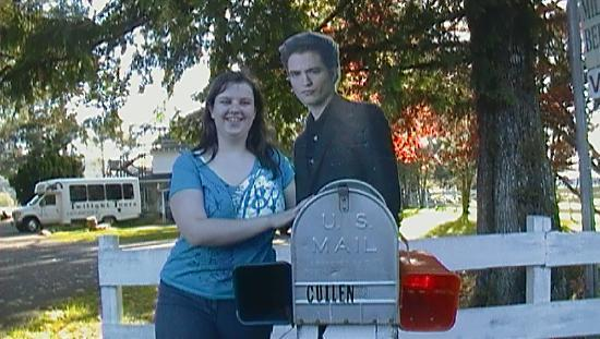 Me and edward at the cullen house picture of twilight - Edwards house in twilight ...