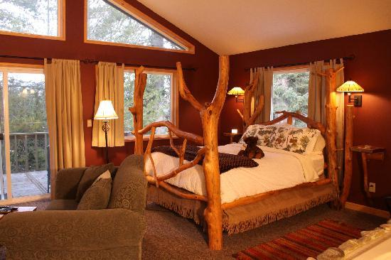 Pine River Ranch: Our Pacific Northwest Inspired Bed and Breakfast Suites