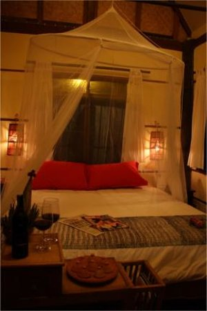 Have a romantic break Thai rustic style in a teak house - Bao Sao Room in BaanBooLOo Thai Guesth