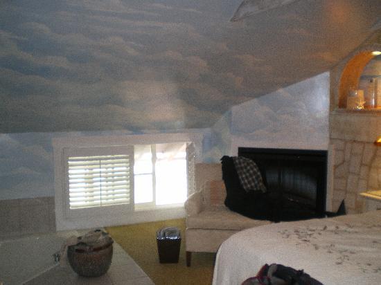 The Mission Inn: Amazing Room