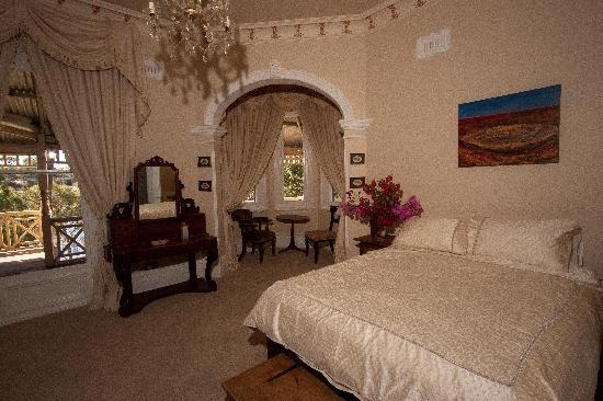 Earlsferry Bed and Breakfast: River Room