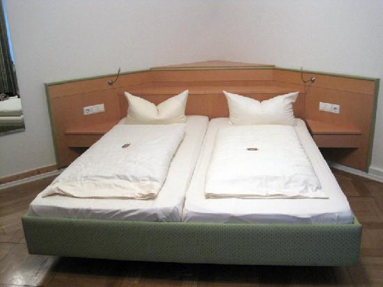 Hotel Alleehaus : Smartly designed bed furniture- built in nightstands and lamps!