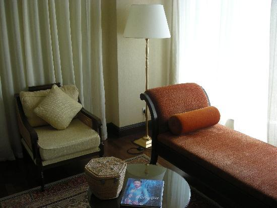 The Majestic Malacca: Room Sofa