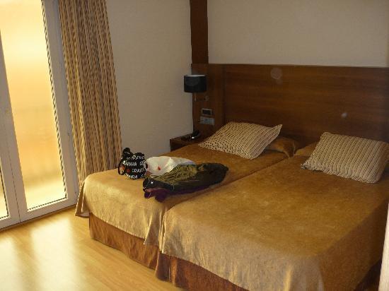 Albolote, Spania: habitacion