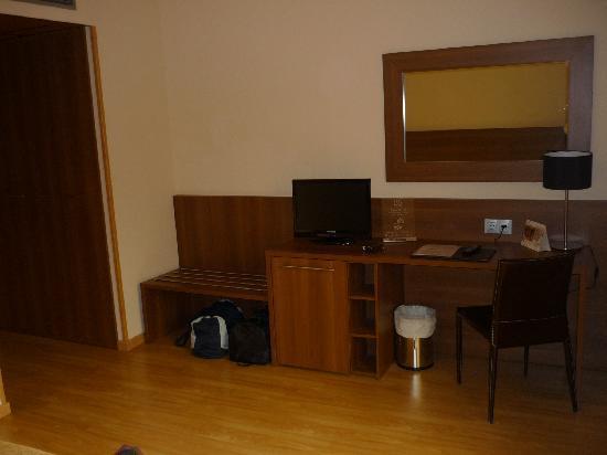 แอลโบโลต, สเปน: escritorio