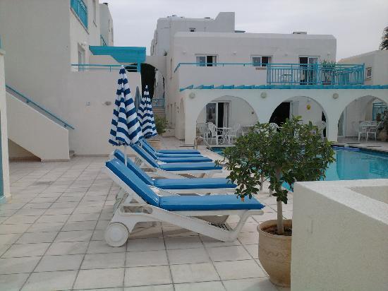Sunny Hill Hotel Apartments: sunny hill