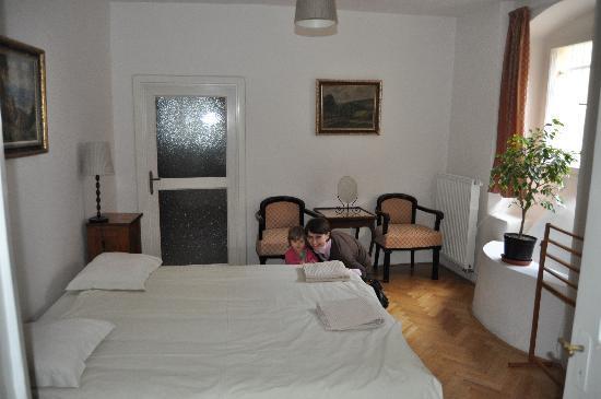 Small Luxury Palace Residence: La chambre