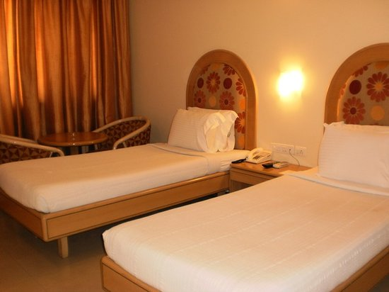 Shanthi Residency Indiranagar: Twin Share