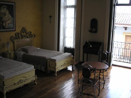 La Posada Colonial: Room