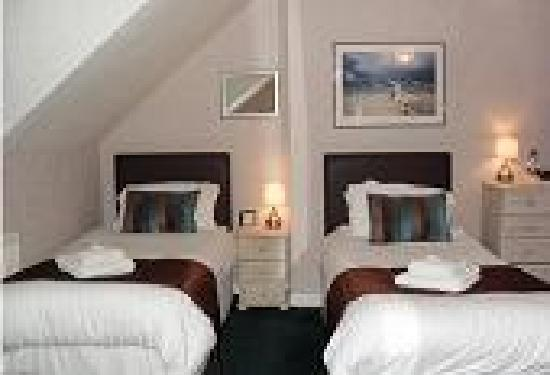 The Anchorage Guest House: Flexible room, twin, triple or double