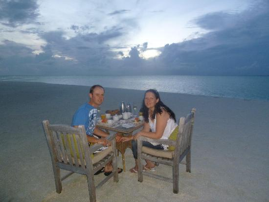 Cocoa Island by COMO: Private sunrise breakfast