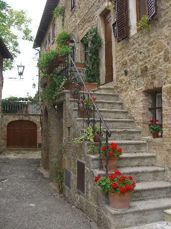 Le Maribelle Appartamenti: Our medieval apartment