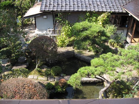 เรียวกัง ฟุจิโอโตะ: The inner garden