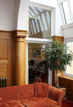 The Headland Hotel: Relax in our Foyer