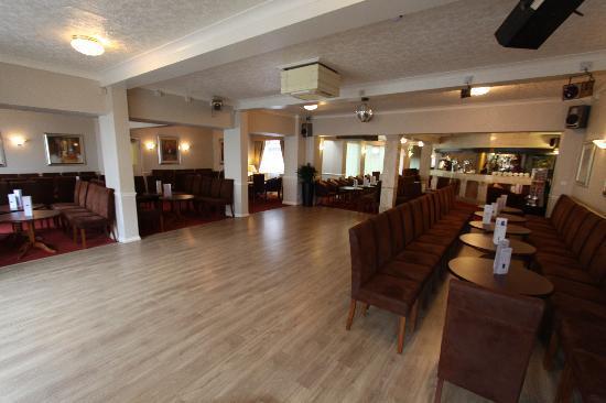 Queens Hotel: Our brand new dance floor