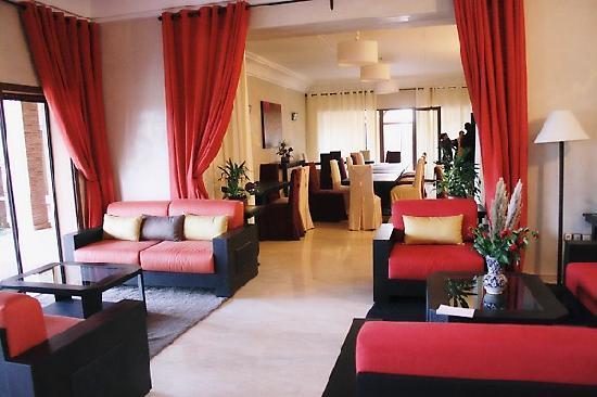 Villa President: salon