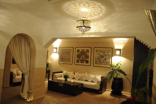 Riad Atman : The living area