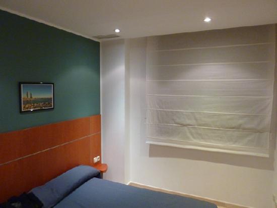 Apartaments Marina: quarto.
