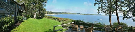 Coupeville, Waszyngton: Panoramic view of Penn Cove from the deck.