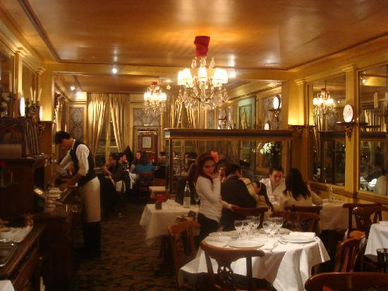 Le Procope: the dining hall