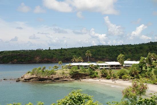 Cabier Ocean Lodge with sandy beach