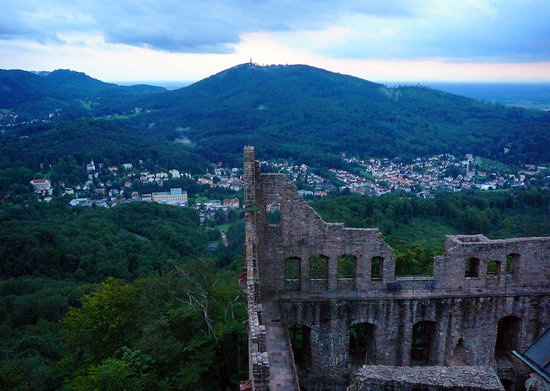 Burg Hohenbaden: Baden-baden, Evening view from Altes Schloss