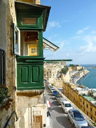Valletta Studios: view of wooden balcony of apartment 2