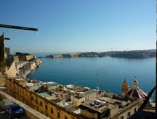 Valletta Studios: view of the Grand Harbor from the balvony