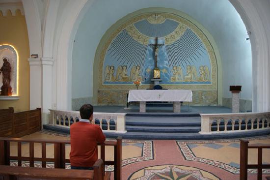 Punta del Este, Uruguay: Praying at Nuestra Señora de la Candelaria