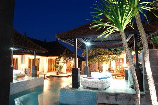 villa de r ve picture of villa andaman kerobokan. Black Bedroom Furniture Sets. Home Design Ideas