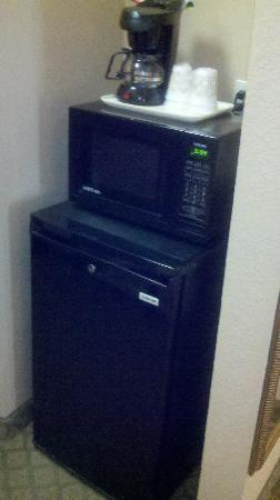 Comfort Inn North Dallas Near The Galleria: Microwave and Frig