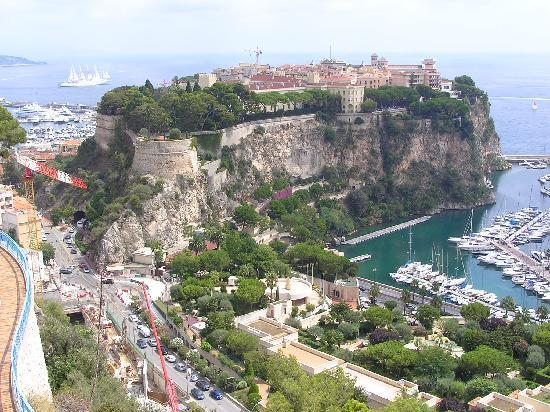 Cliff view of exotic garden of monte carlo picture of for Boulevard du jardin exotique monaco
