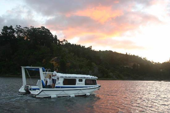 Hawane Resort : Hawane House boat on Maguga dam