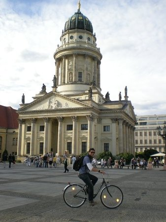 Fahrradstation - Berlin by Bike