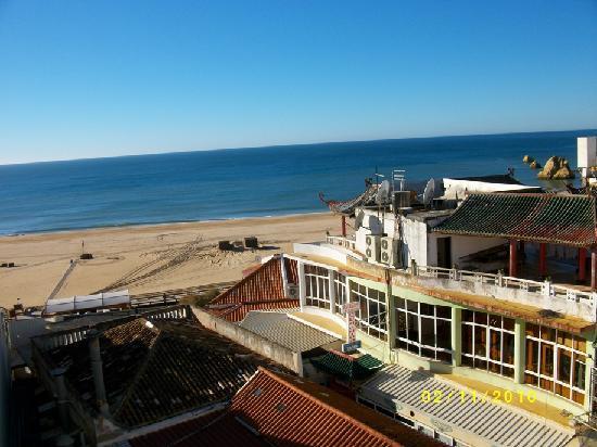 Plaza Real Atlantichotels: Veiw from Hotel Avenida Hotel Balcony