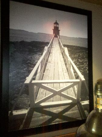 Red Lobster: Lighthouse paintings everywhere
