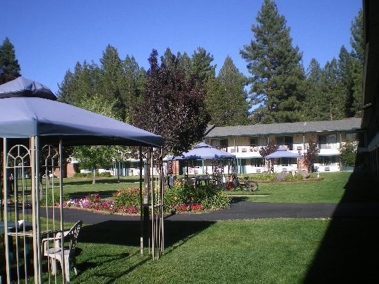 Knights Inn South Lake Tahoe: extérieur est jolie