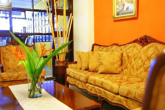 Hotel Tazumal House: LIVINGROOM