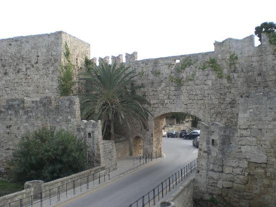 SENTIDO Apollo Blue: Rhodes Castle