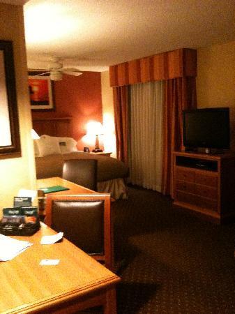 Homewood Suites by Hilton Cleveland-Solon: dinette/great room